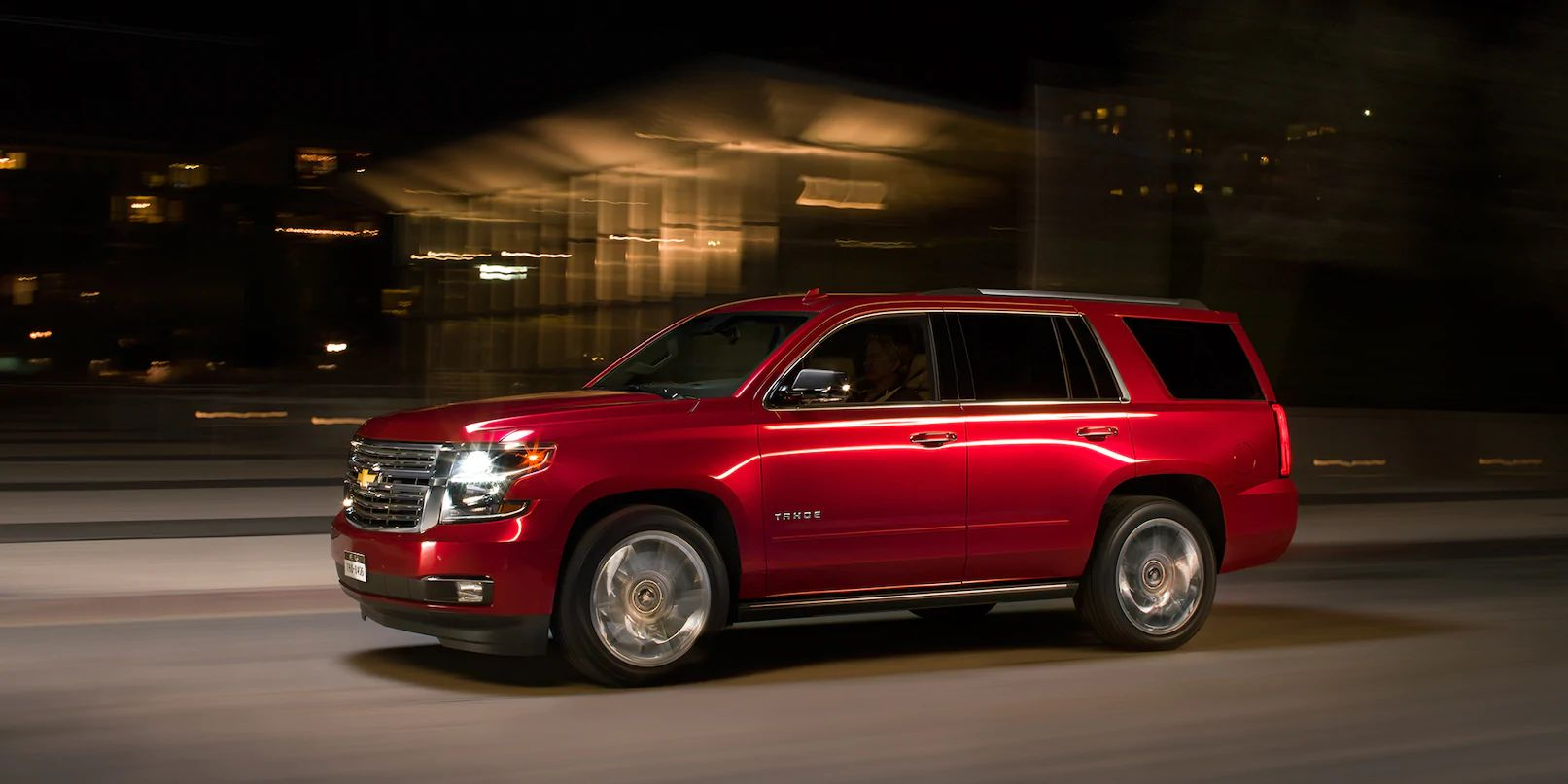 2019 Tahoe Full-Size SUV Exterior Photo: side profile